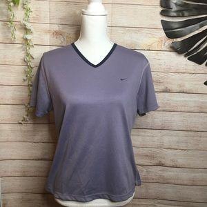 Nike short sleeves V-neck tee size M 8/10